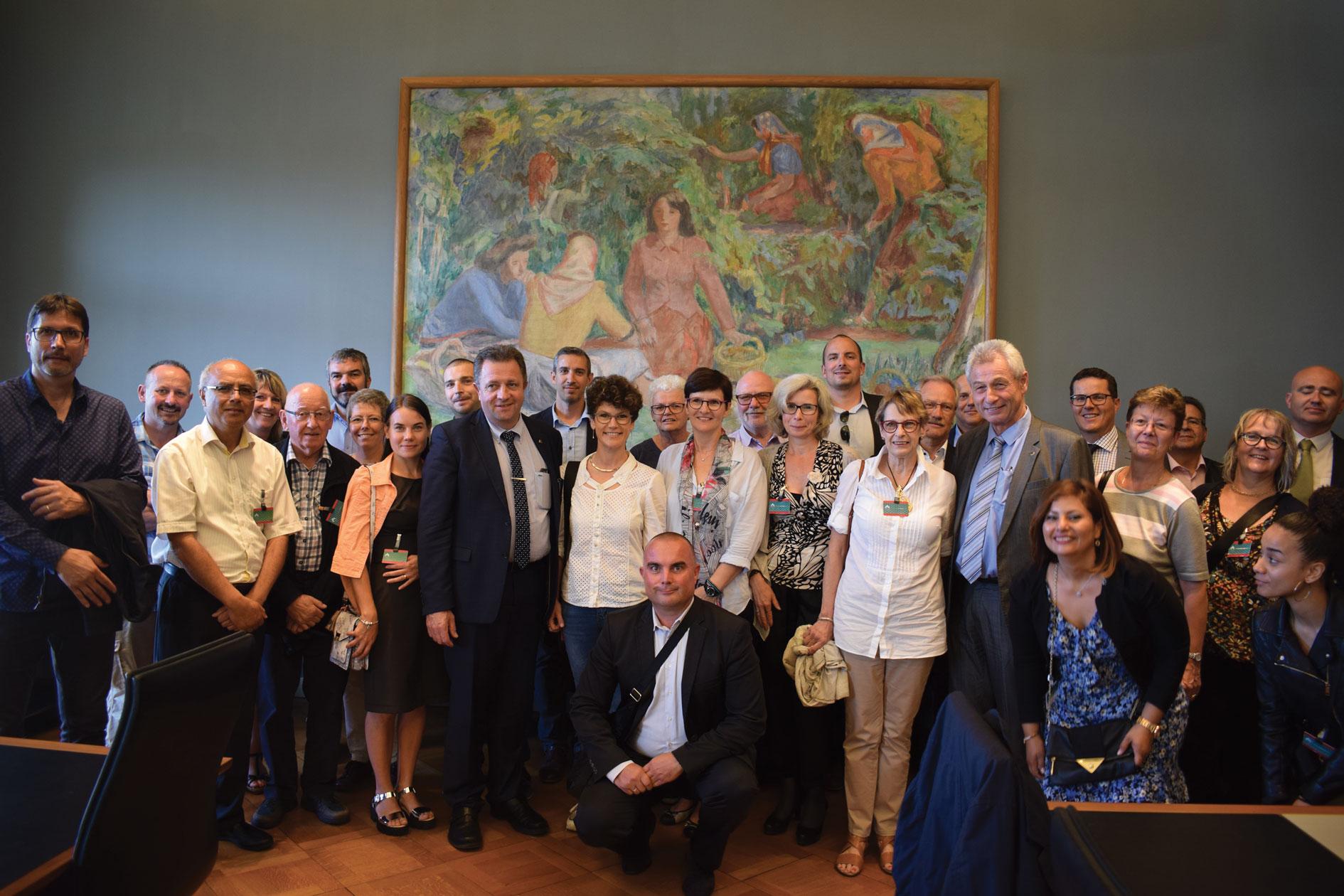 Palais fédéral, Invitation à Berne appréciée