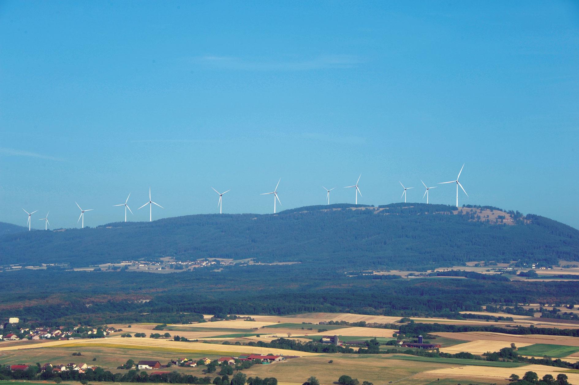 Forcing pour les éoliennes, une commune toujours à la une!
