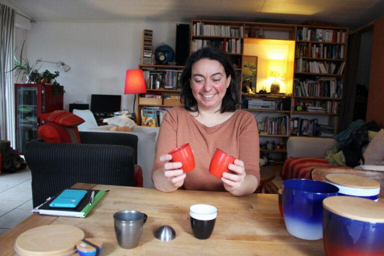Portrait : Elle quitte la physique pour l'artisanat
